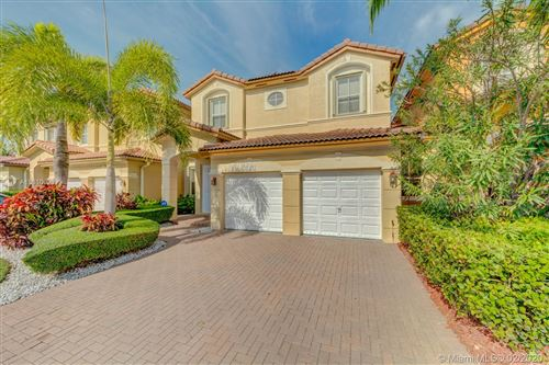 Photo of Listing MLS a10810620 in 11301 NW 74th Ter #11301 Doral FL 33178