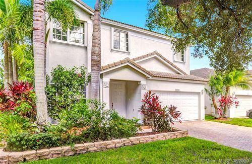 Photo of 4016 Turquoise Trl, Weston, FL 33331 (MLS # A10903621)