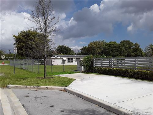 Photo of 11892 SW 214th St, Miami, FL 33177 (MLS # A10919621)