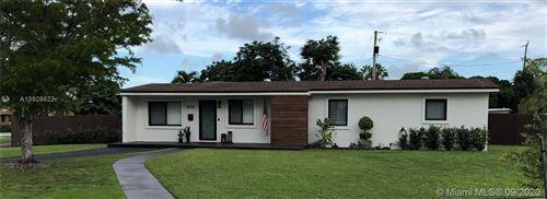 Photo of 18135 SW 95th Ct, Palmetto Bay, FL 33157 (MLS # A10928622)