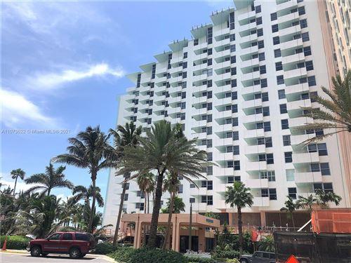 Photo of 2899 Collins Ave #1216, Miami Beach, FL 33140 (MLS # A11073622)