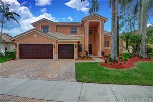 Photo of 1035 Waterside Cir, Weston, FL 33327 (MLS # A10488624)