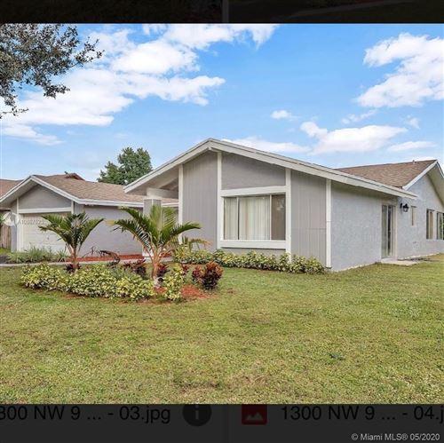 Foto de inmueble con direccion 1300 NW 94TH AVE Plantation FL 33322 con MLS A10867625