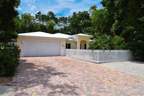 Foto de inmueble con direccion 790 Dolphin Ave Key Largo FL 33037 con MLS A10873625