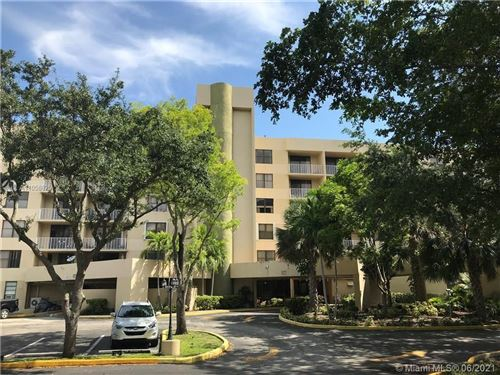 Photo of 901 Hillcrest Dr #112, Hollywood, FL 33021 (MLS # A11058625)