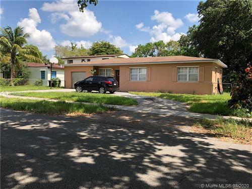 Photo of 1015 NE 128th St, North Miami, FL 33161 (MLS # A10843626)