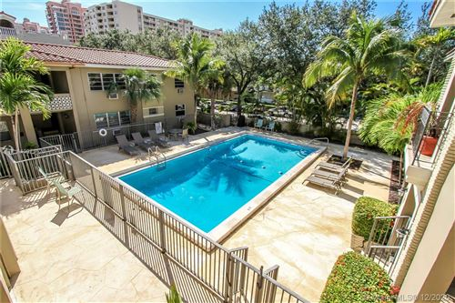 Photo of 125 Edgewater Dr #11, Coral Gables, FL 33133 (MLS # A10973626)