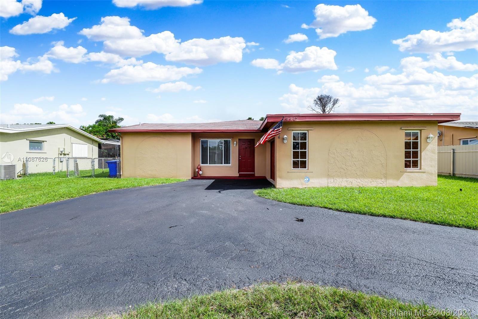9441 Johnson St, Pembroke Pines, FL 33024 - #: A11087626