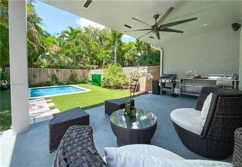 Photo of Listing MLS a10896627 in 3032 Virginia St #3032 Coconut Grove FL 33133