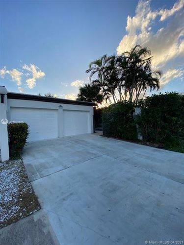 Photo of 5286 Stonybrook Dr, Boynton Beach, FL 33437 (MLS # A11027628)
