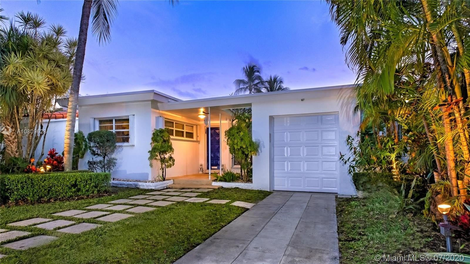 560 W 51st St, Miami Beach, FL 33140 - #: A10809628