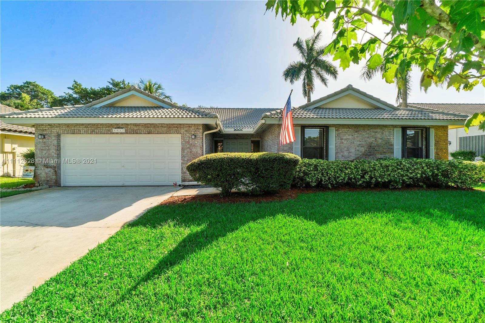 4017 NW 72nd Ave, Coral Springs, FL 33065 - #: A11112628