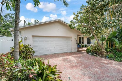 Photo of 1738 SW 24th Ave, Fort Lauderdale, FL 33312 (MLS # A11024629)