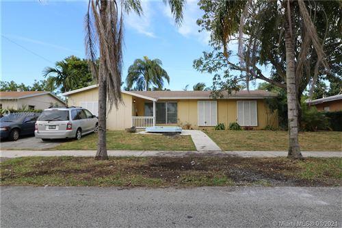 Photo of 9975 SW 166th St, Miami, FL 33157 (MLS # A10980630)