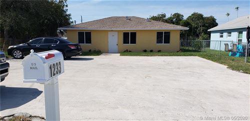 Photo of Listing MLS a10859631 in 1233 W 34th St Riviera Beach FL 33404