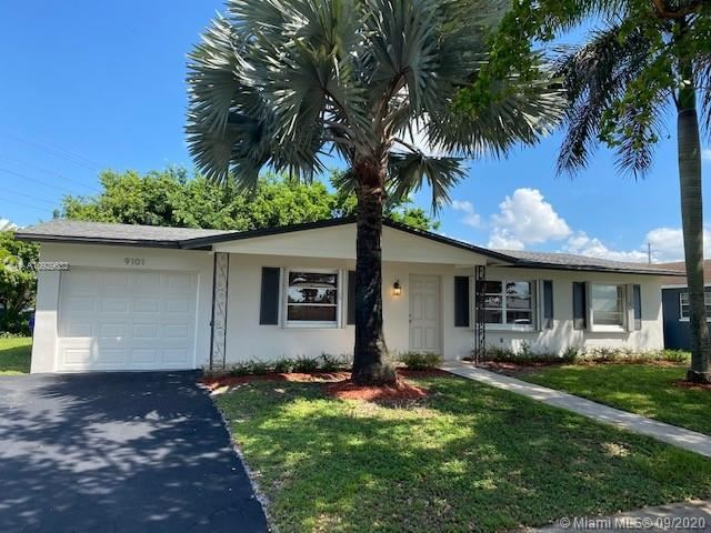 Photo of 9101 NW 23rd St, Pembroke Pines, FL 33024 (MLS # A10929632)