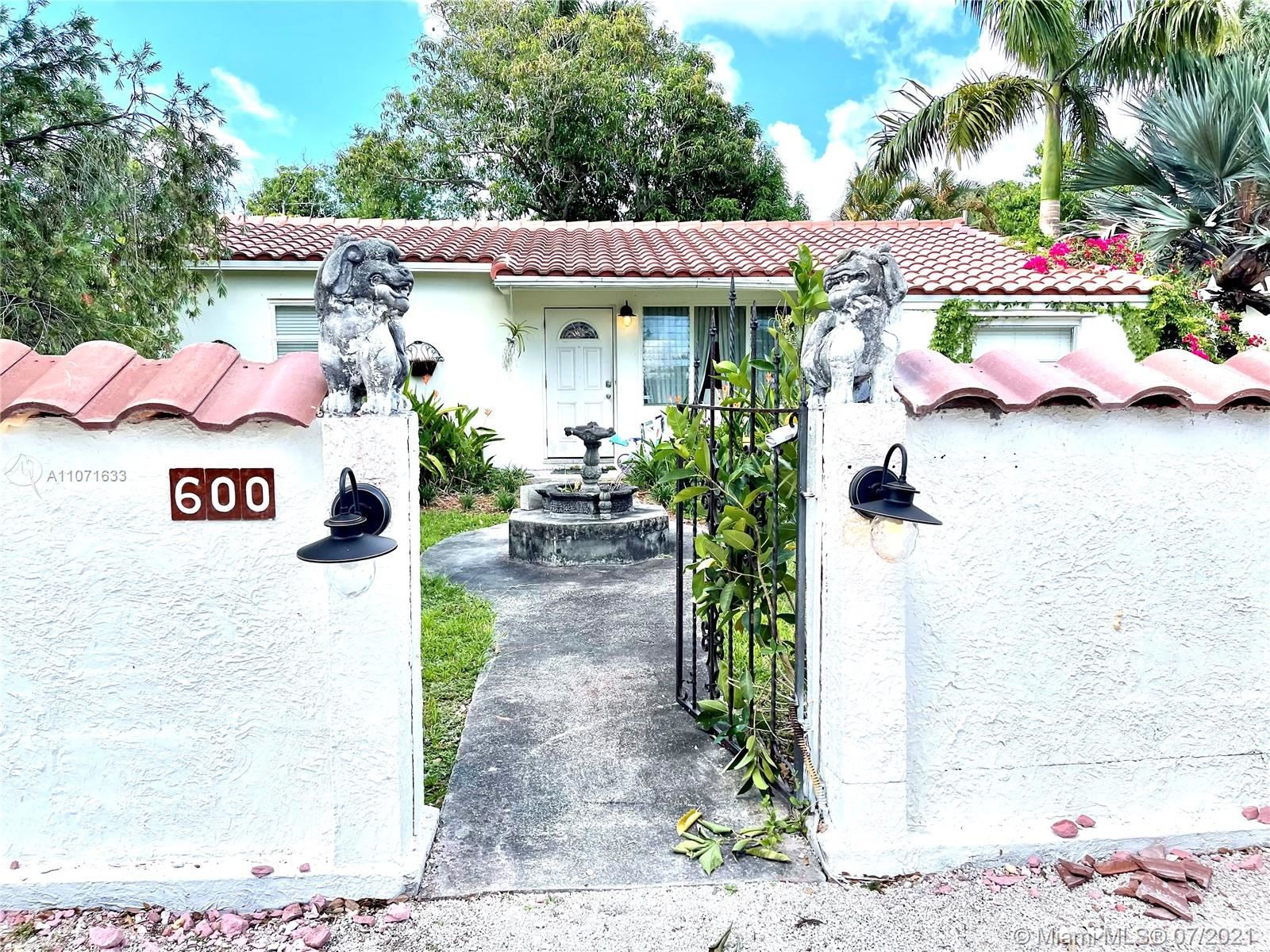 600 SW 12th Ct, Fort Lauderdale, FL 33315 - #: A11071633