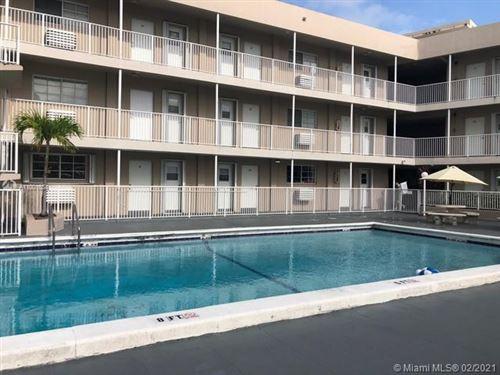 Photo of 6580 SW Santona St #A-14, Coral Gables, FL 33146 (MLS # A11001634)