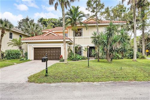 Photo of 3600 High Pine Dr, Coral Springs, FL 33065 (MLS # A10780636)