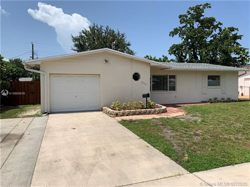 Photo of 7529 Garfield St, Hollywood, FL 33024 (MLS # A10885636)