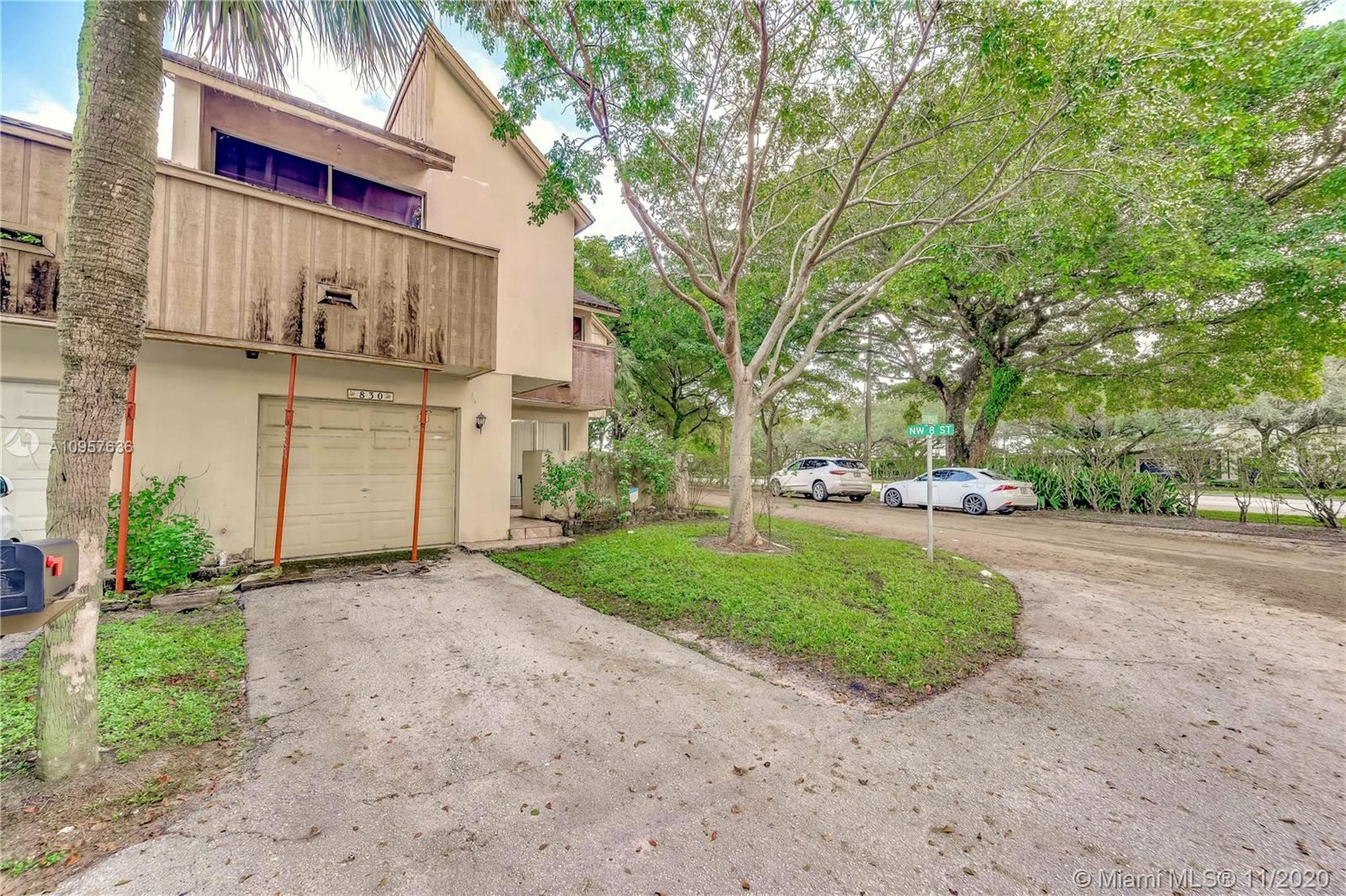 Photo of 830 NW 81st Ave #6, Plantation, FL 33322 (MLS # A10957636)