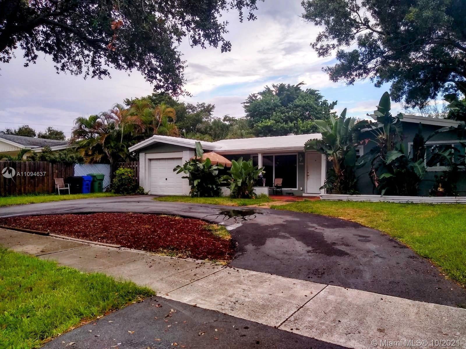 2211 NE 62nd St, Fort Lauderdale, FL 33308 - #: A11094637