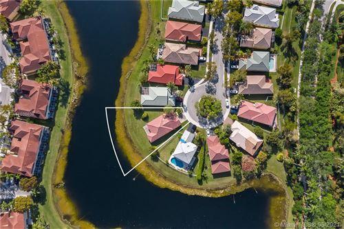 Photo of 4006 Palm Pl, Weston, FL 33331 (MLS # A11036638)