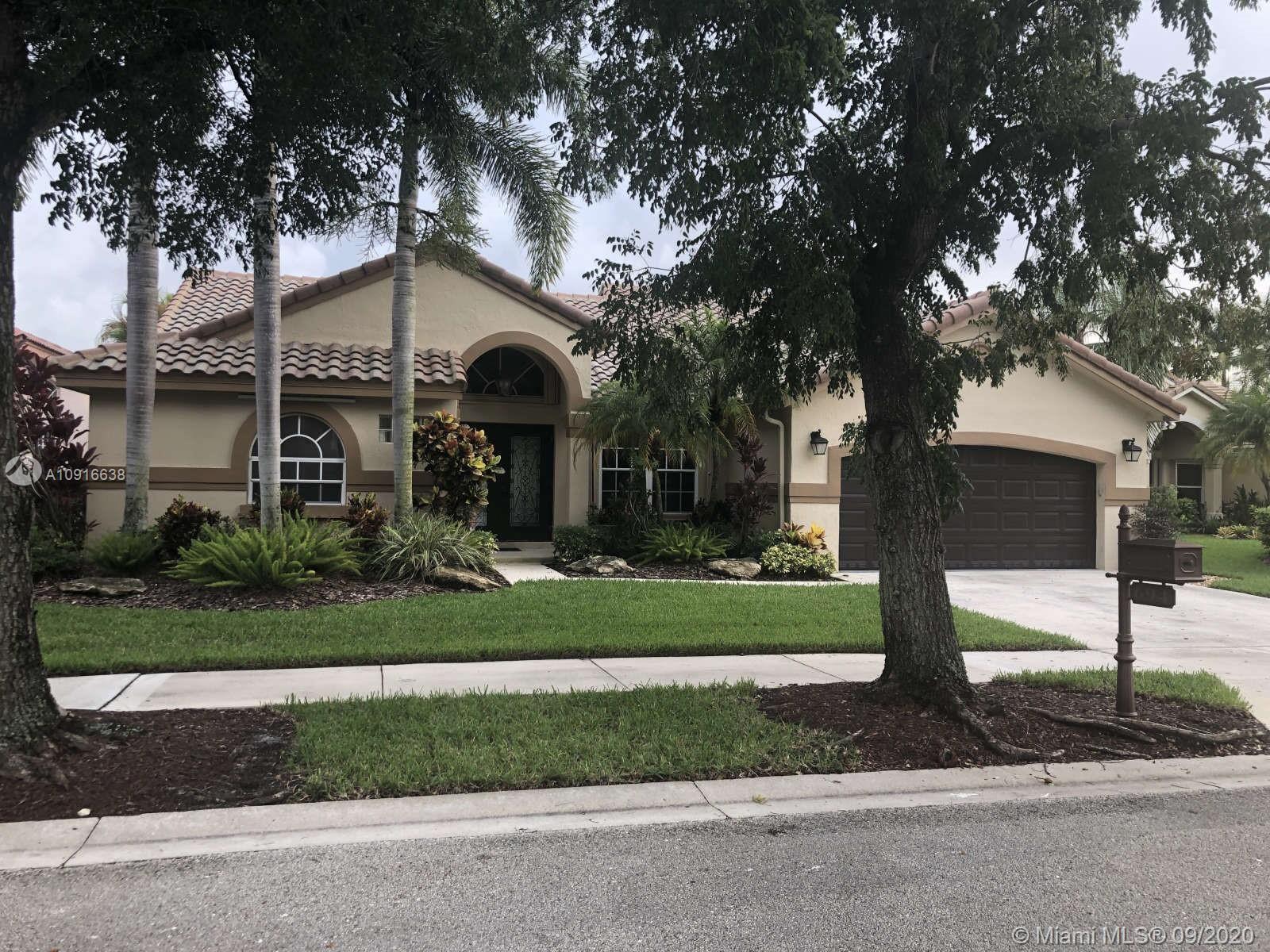 694 Verona Ct, Weston, FL 33326 - #: A10916638