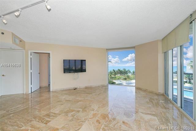 Foto 2 del inmueble MLS a10416638 en 7330 Ocean Ter #7-C Miami Beach