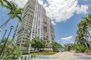 Photo of Listing MLS a10679639 in 2333 Brickell Ave #1802 Miami FL 33129