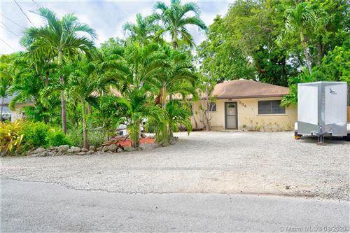 Photo of 554 Palm Dr, Key Largo, FL 33037 (MLS # A10904639)
