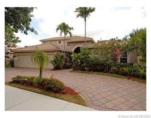 Photo of 1647 Island Way, Weston, FL 33326 (MLS # A10934639)