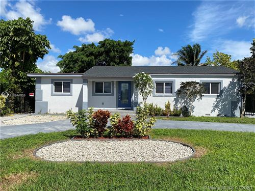 Foto de inmueble con direccion 7313 SW 16th Ter Miami FL 33155 con MLS A10944639