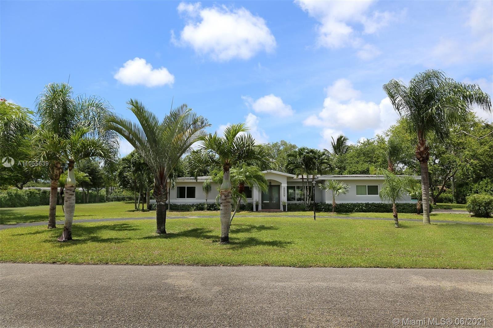 8840 SW 114th Ter, Miami, FL 33176 - #: A11055639