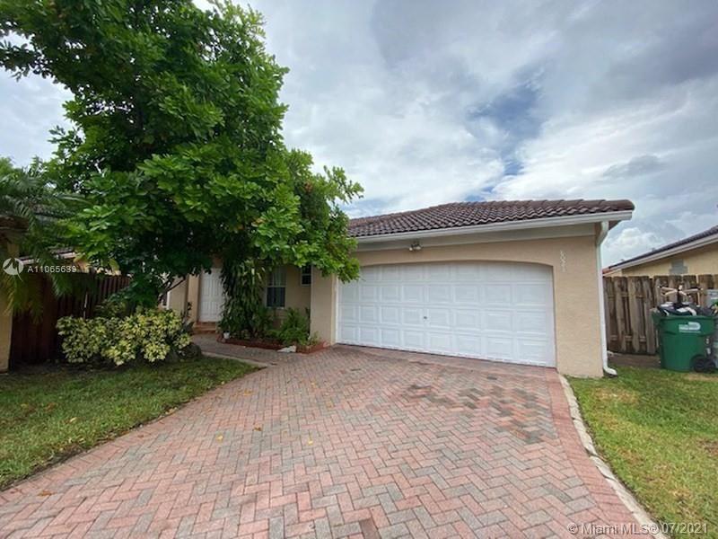 8021 SW 157th Ct, Miami, FL 33193 - #: A11065639