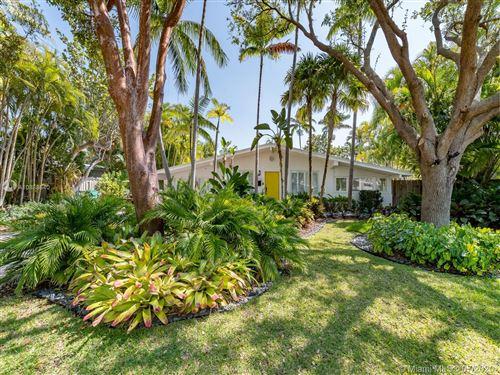 Photo of 255 Glenridge Rd, Key Biscayne, FL 33149 (MLS # A10888640)