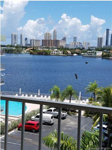 Photo of 16565 NE 26th Ave #6J, North Miami Beach, FL 33160 (MLS # A11099640)