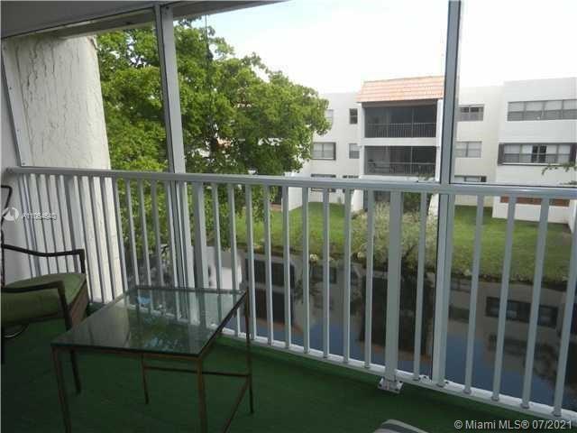 100 Lakeview Dr #305, Weston, FL 33326 - #: A11064640