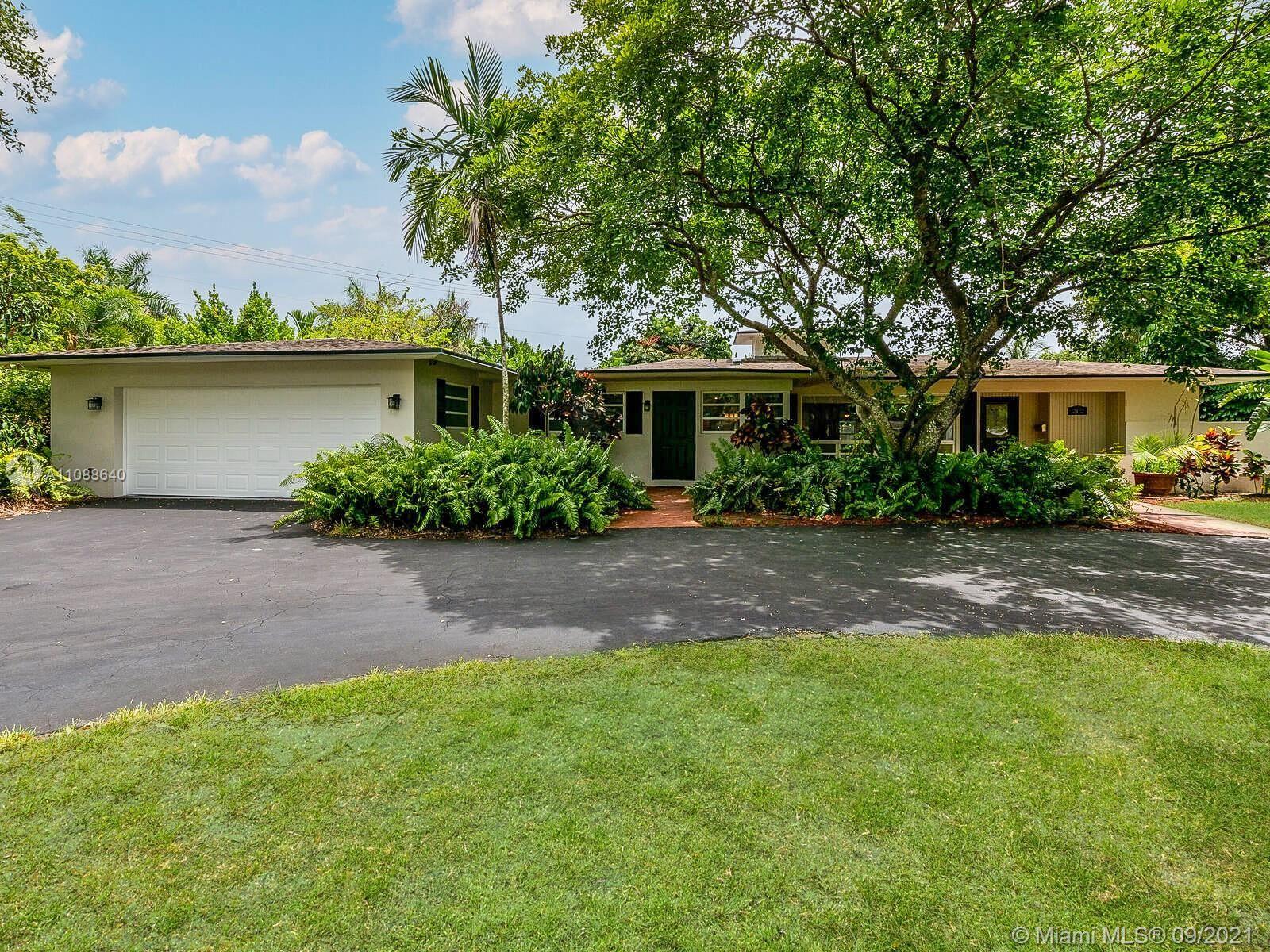 202 S Fig Tree Lane, Plantation, FL 33317 - #: A11088640