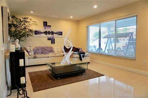 Photo of 1620 SW 126 PL, Miami, FL 33175 (MLS # A10709641)