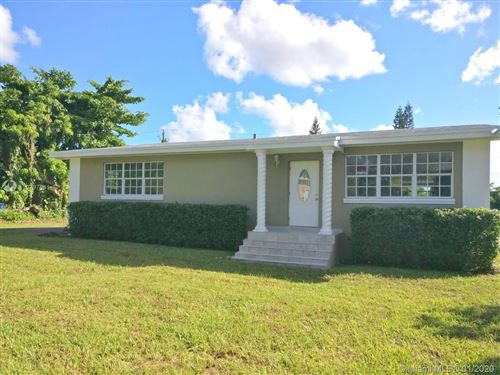 Photo of Listing MLS a10797641 in 2000 NW 114th St Miami FL 33167