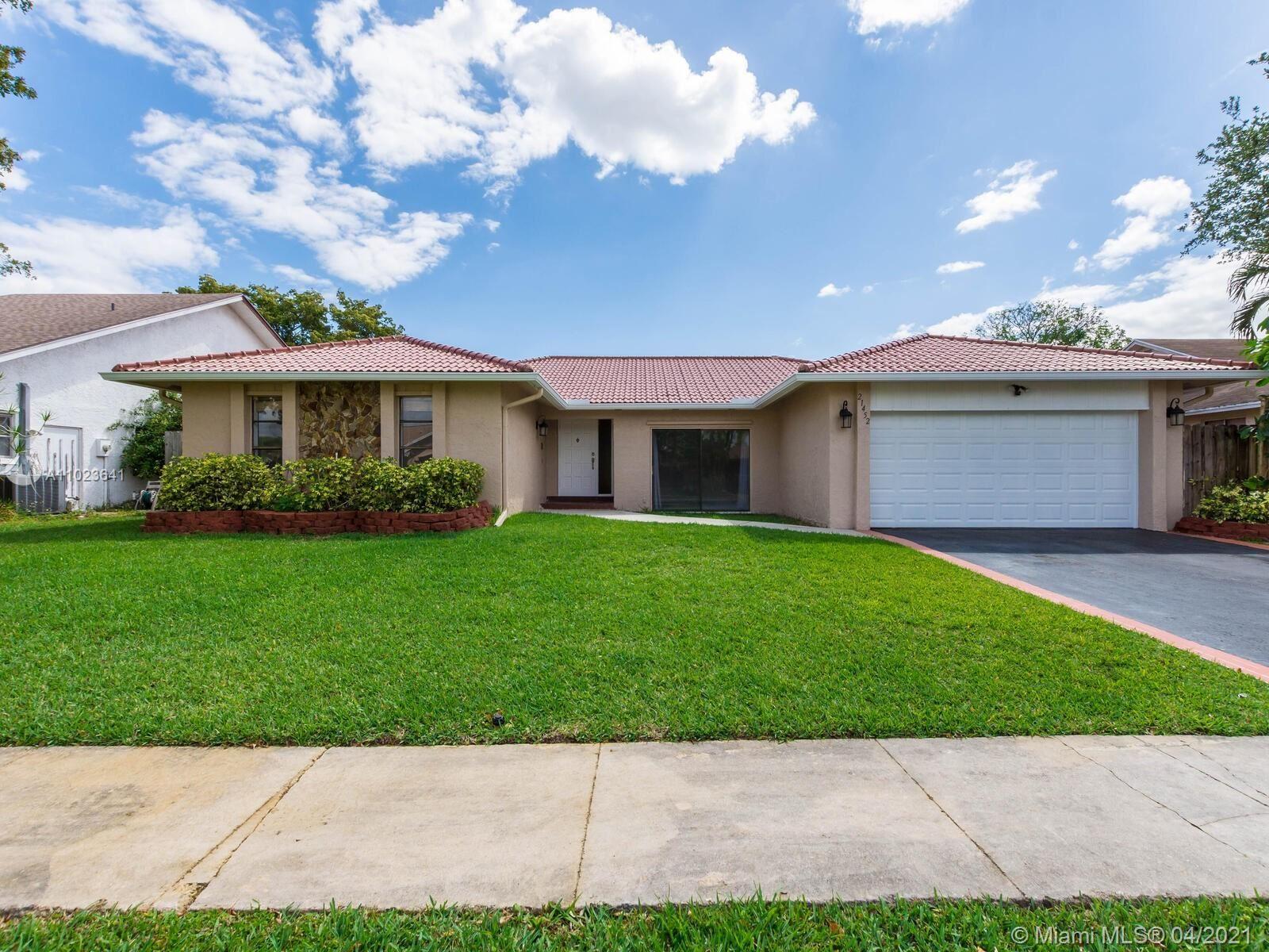 21452 Woodchuck Ln, Boca Raton, FL 33428 - #: A11023641