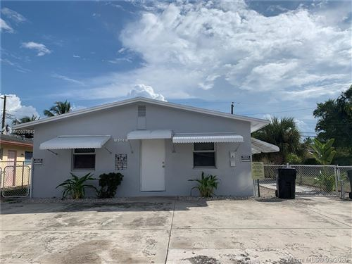 Photo of 3608 SW 13th Ct, Fort Lauderdale, FL 33312 (MLS # A10933642)