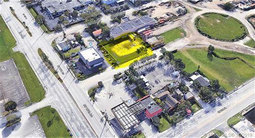 Foto de inmueble con direccion 107 NW 24 ST Sweetwater FL 33172 con MLS A10758643