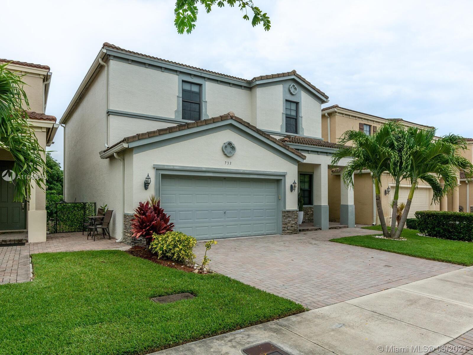 733 NE 193rd Ter, Miami, FL 33179 - #: A11060643