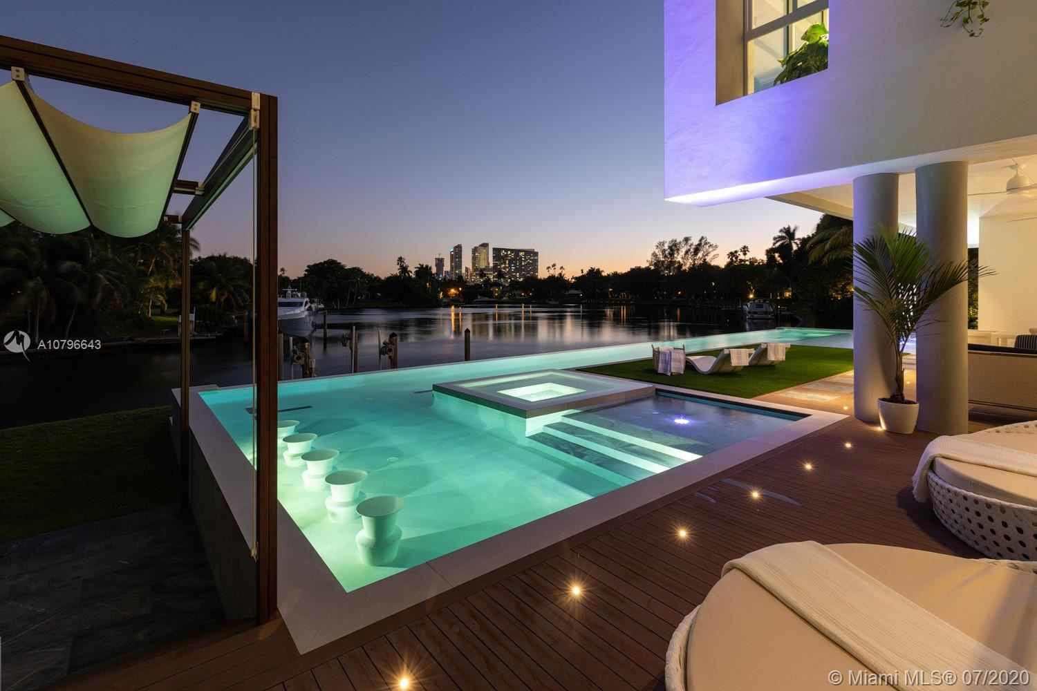 Photo 1 of Listing MLS a10796643 in 4731 Lake Rd Miami FL 33137
