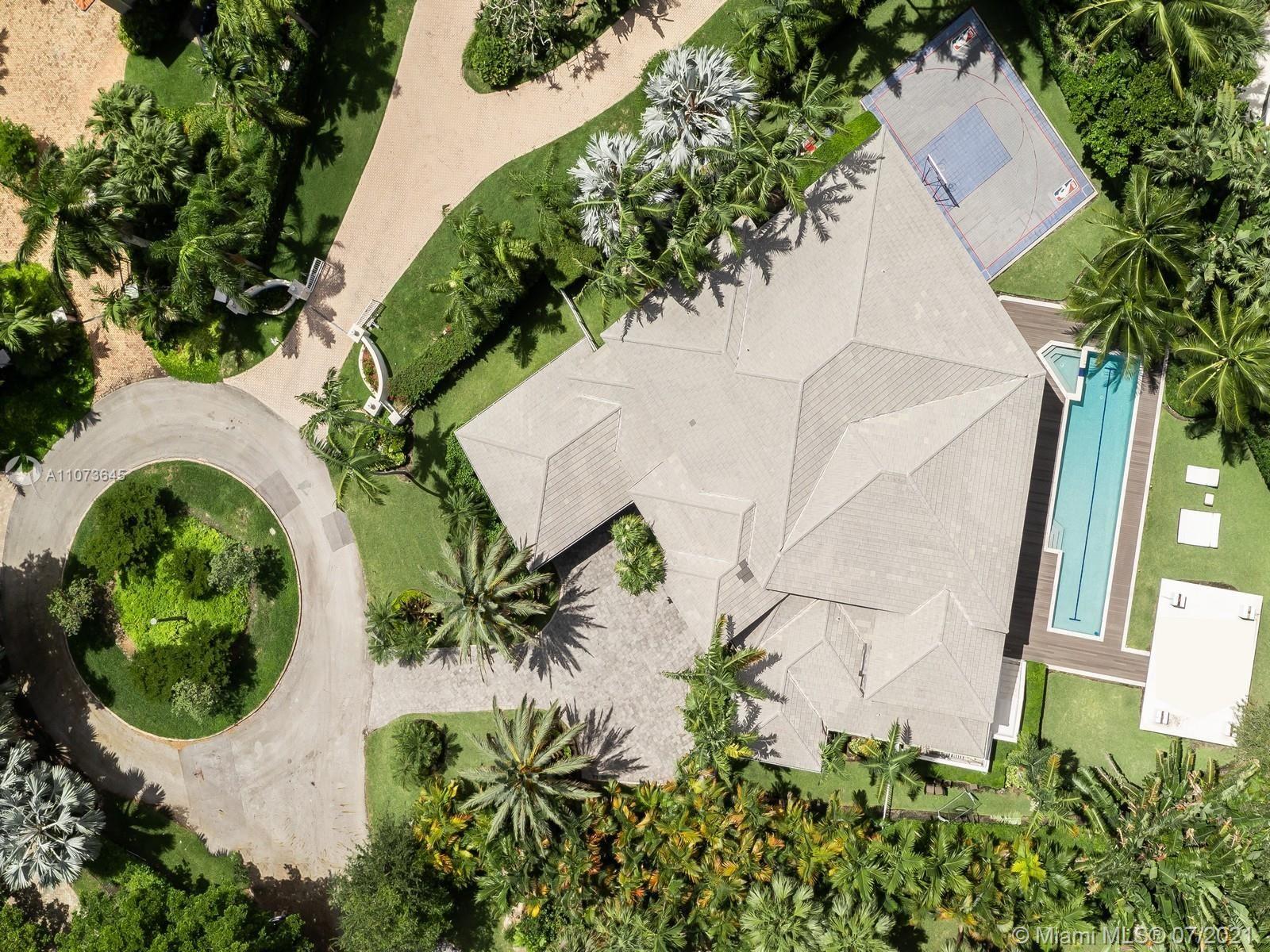 Photo of 180 Los Pinos Ct, Coral Gables, FL 33143 (MLS # A11073645)