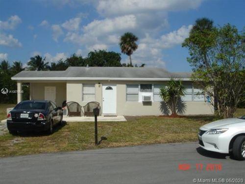 Photo of 147 NE 7th Ct, Deerfield Beach, FL 33441 (MLS # A10876646)