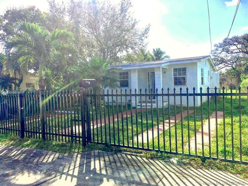 Photo of Listing MLS a10820647 in 3062 NW 61st St Miami FL 33142