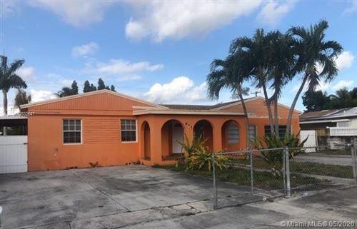 Foto de inmueble con direccion 641 E 19th St Hialeah FL 33013 con MLS A10832647